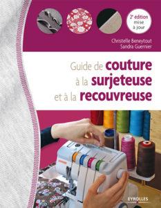 guide de couture à la surjeteuse